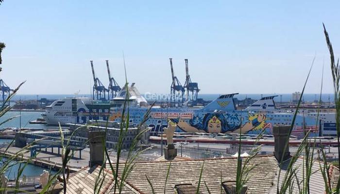 traghetti-porto-genova-470789.660x368 Home